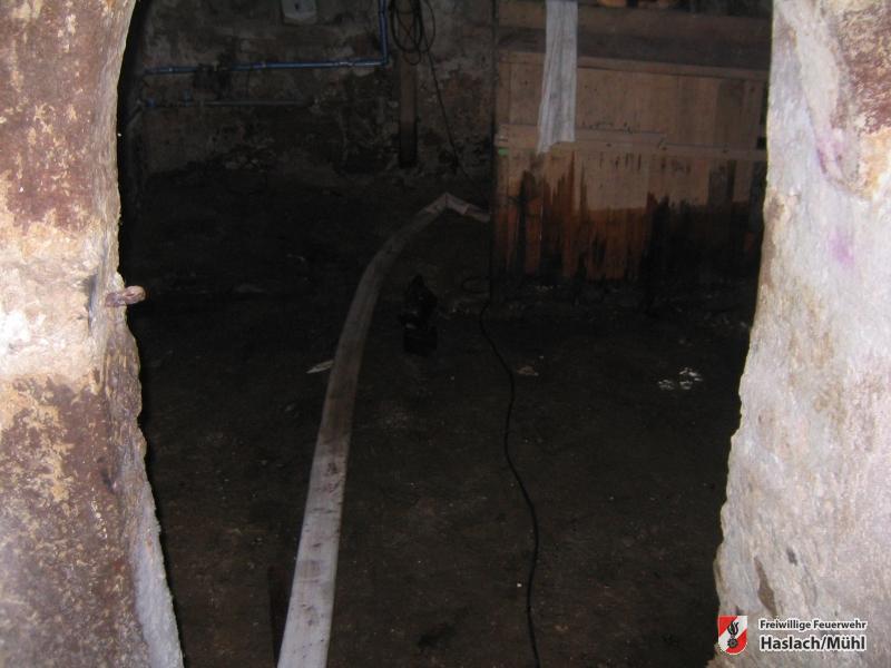Auspumpen eines Kellers