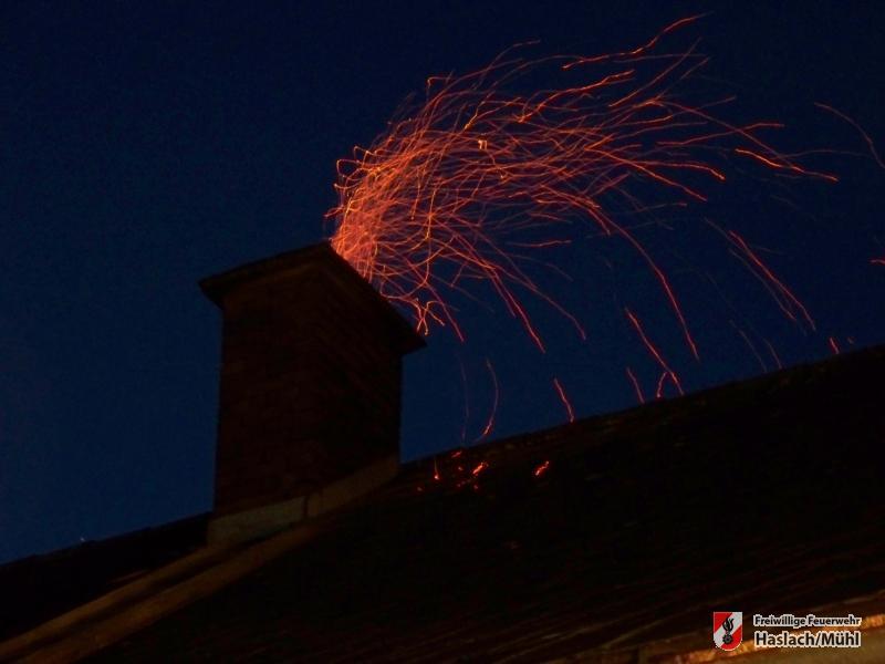 Kaminbrand in Hartmannsdorf