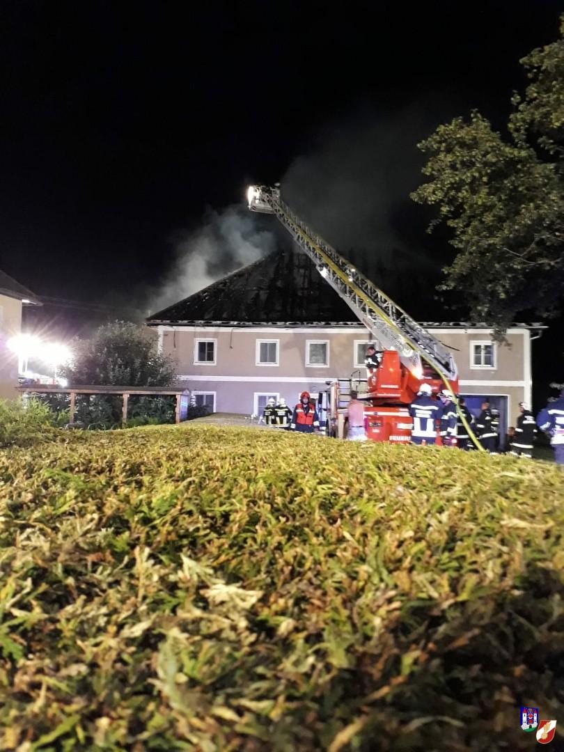 Alarmstufe 3 bei Großbrand in Rohrbach
