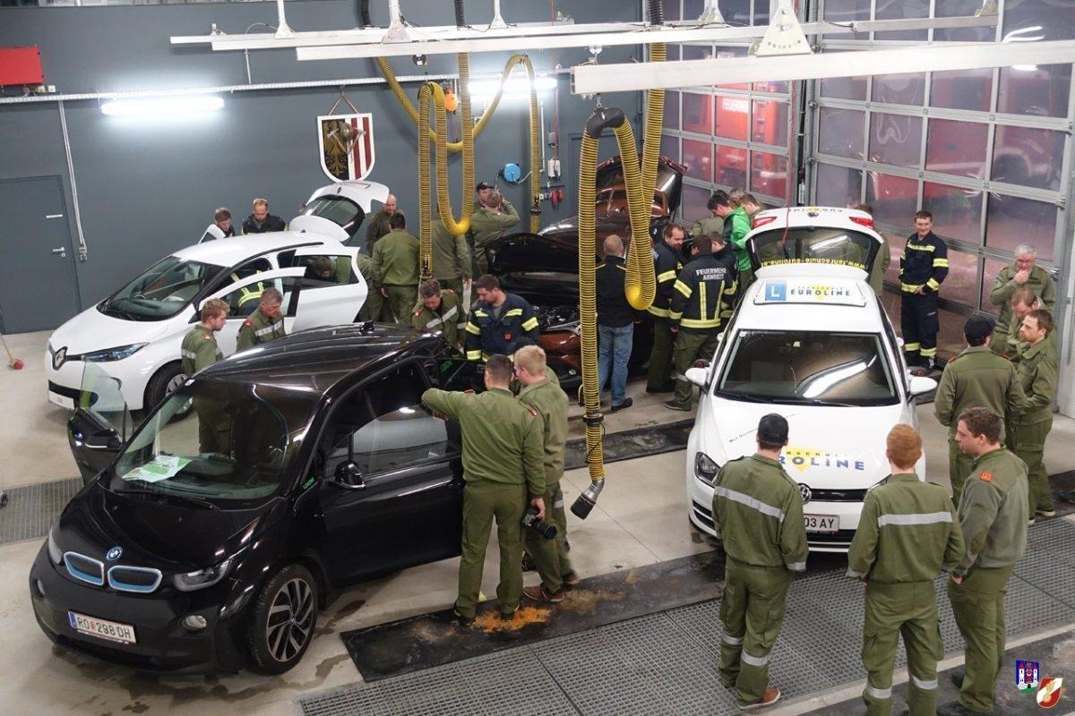 Schulung alternative Fahrzeugtechnologien