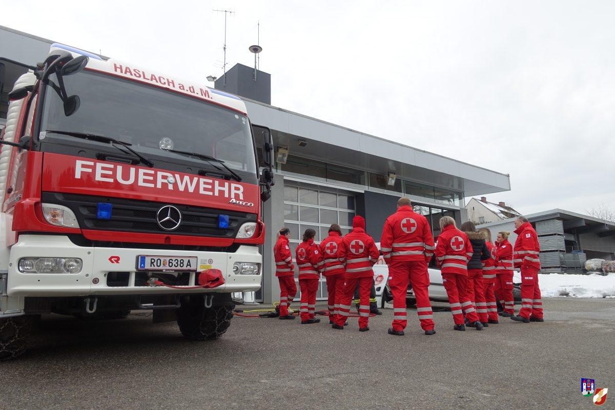 Rettungssanitäterkurs meets Feuerwehr