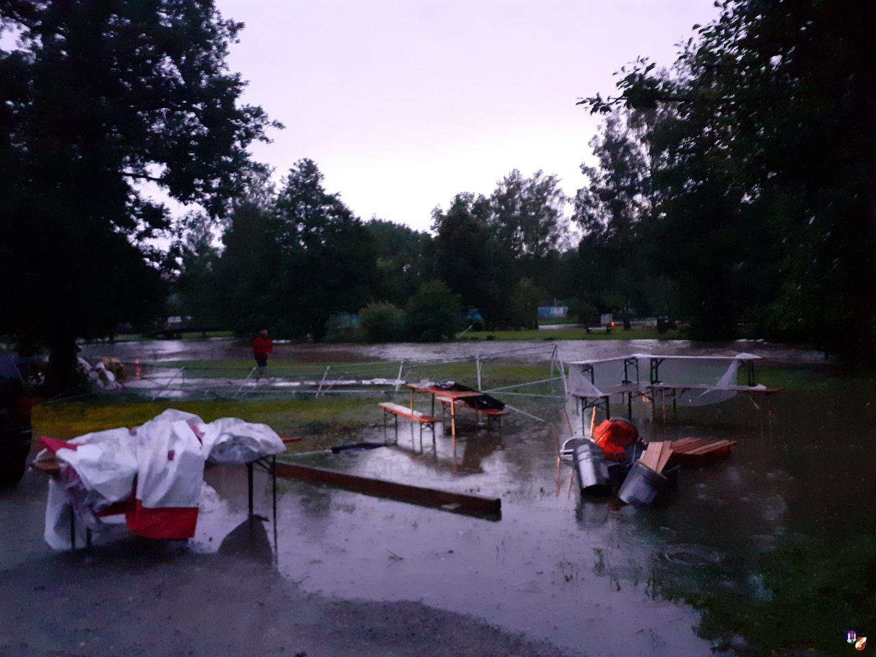 Diverse Einsätze nach Starkregen
